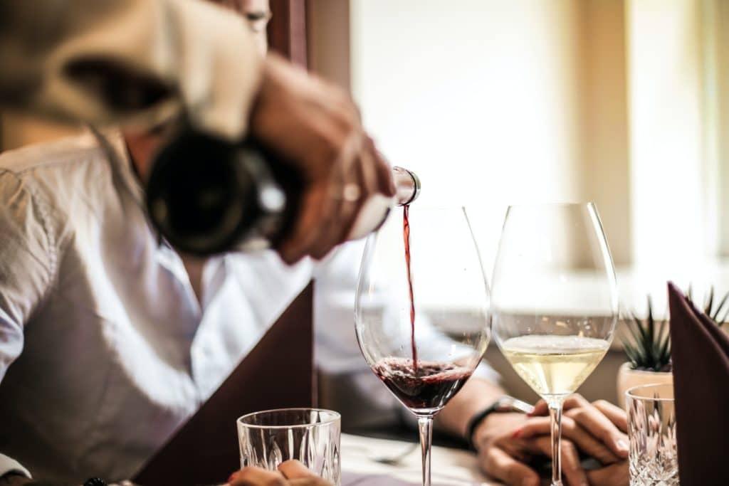 ideal wine company - wine tasting